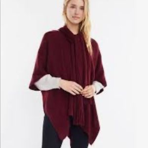 NWT Free people Look by M Cable Knit Scarf Poncho